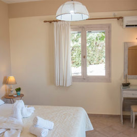 Muses Villas Finikounda room 2